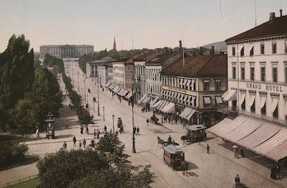Christiania Carl Johans Gade med Slottet
